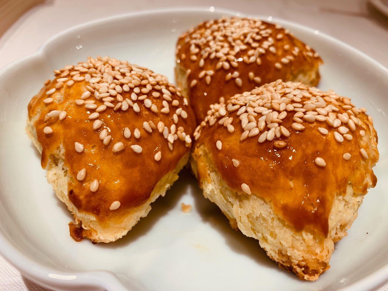 ヴェニソンパフ-鹿肉のパイ包