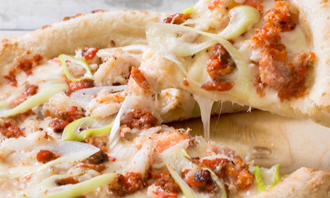 香箱蟹のピザ