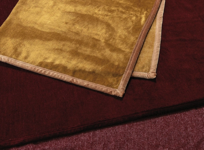 あったか保温毛布/¥35,000(140×200cm)