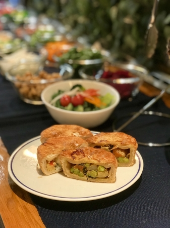 The Pie Hole Los Angeles ルミネ新宿店からランチ限定新メニュー「Salad Bar with SAVORY Pie」が新登場