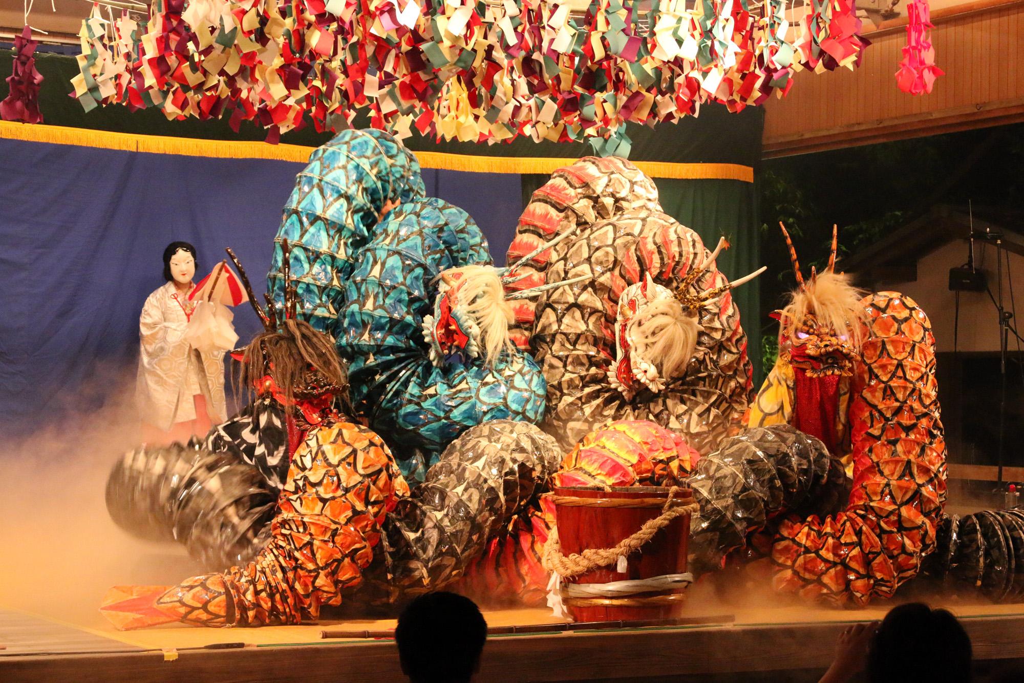 大迫力の舞台を広島のホテルが実現 人気神楽団による伝統芸能「夜神楽」開催