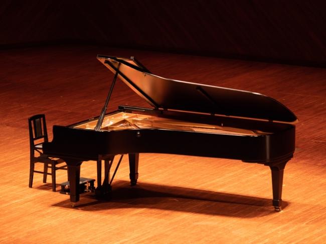 ピアノ弾き語りイメージ