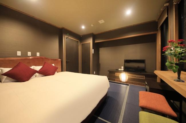 人気のキングサイズベッドの客室