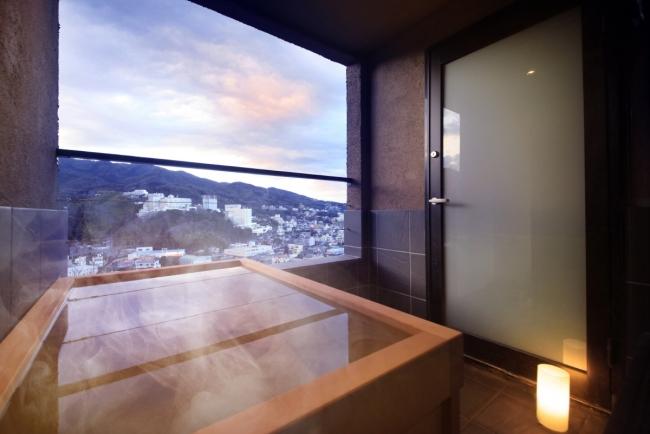 客室露天風呂でプライベート空間