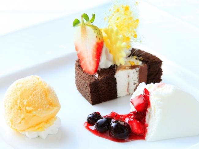 ご夕食のデザートプレート(イメージ)