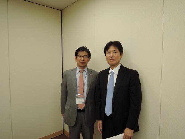 左より、大野先生、猪股先生(写真は別学会でのものです)