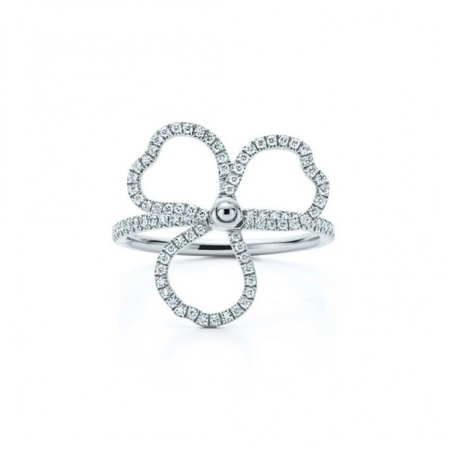 ティファニー ペーパーフラワー ダイヤモンド オープン フラワー リング(ミディアム)[プラチナ、ダイヤモンド]¥725,000(税別)