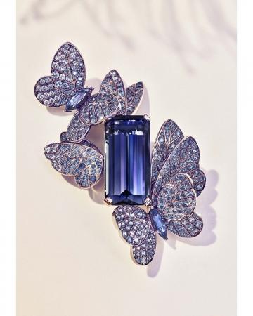 Tiffany Blue Book 2018 Photo Credit Grant Cornett