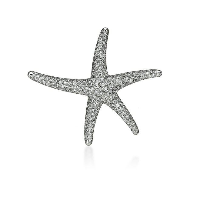 エルサ・ペレッティ(TM) スターフィッシュ ダイヤモンド ブローチ ¥4,070,000-税込 銀座本店で展開