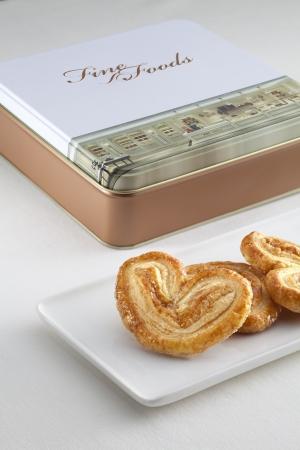 5つ星ホテル「ザ ロイヤル ガーデン」の自家製クッキー