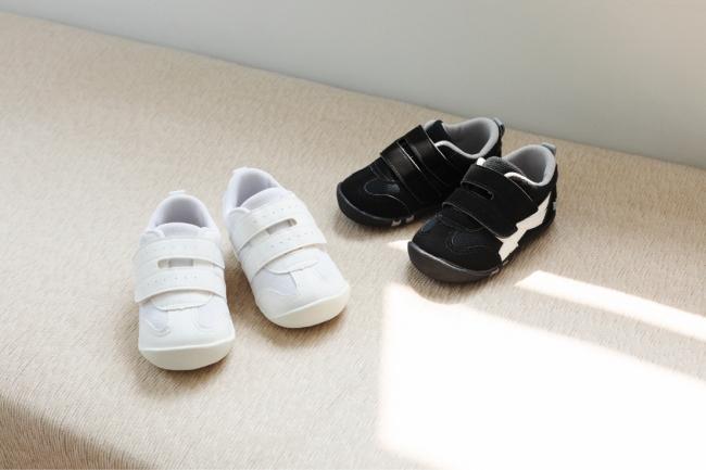 (画像左から):MS B116トレパ ホワイト、MS B116トレパ ブラック  価格:¥4,900+tax