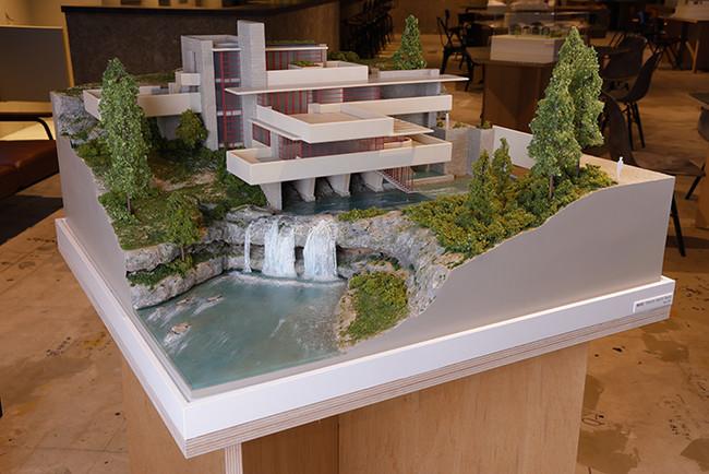 建築模型(落水荘)