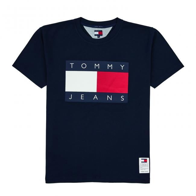 Tシャツ ¥8,000
