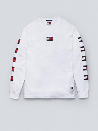 リピートフラッグロングスリーブTシャツ ¥9,000(税抜)