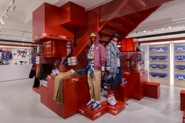 TOMMY JEANS CAT STREET STORE