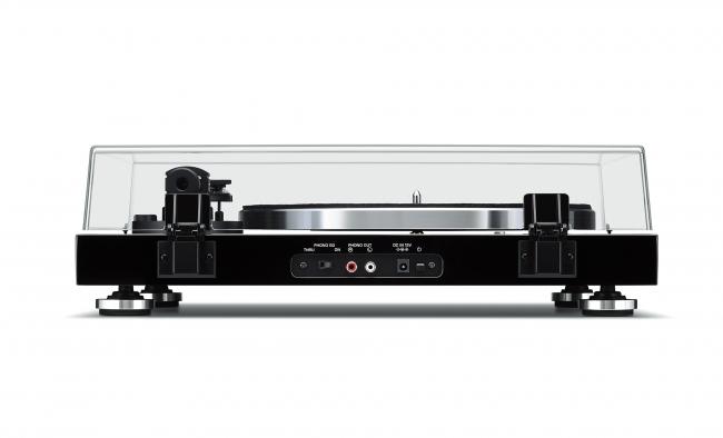 ヤマハ ターンテーブル 『TT-S303』 カラー:(B)ブラック 本体価格58,000円(税抜)