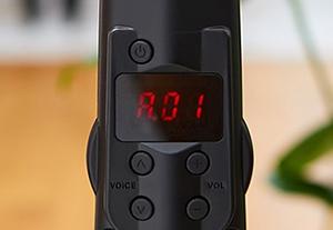 LED画面(上)と音色・音量ボタン(下)