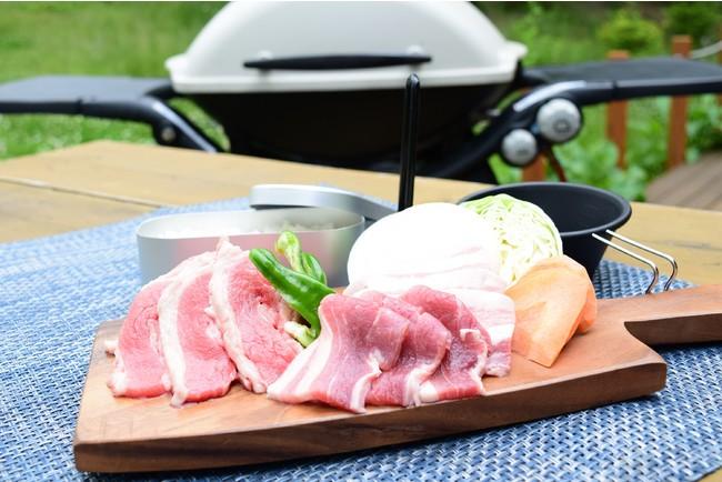 BBQセット[A]1,500円 (豚肉・牛肉・野菜4種・ご飯)