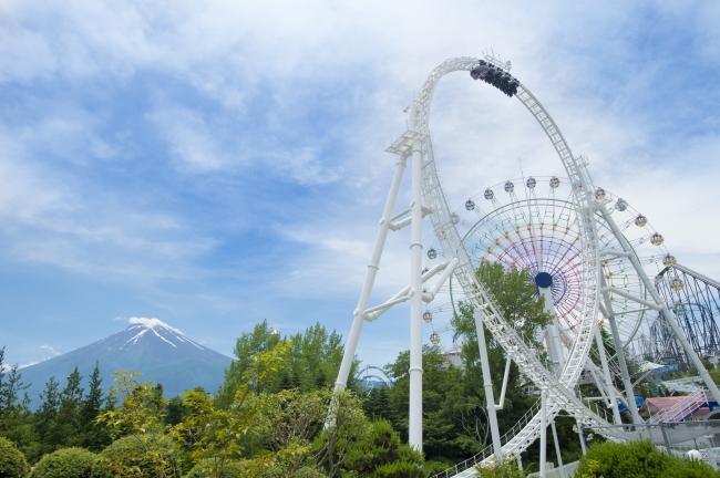 """富士山と、直径39.7mの""""世界最大級ループ"""""""