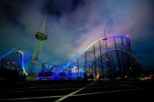 夜の富士急ハイランドイメージ
