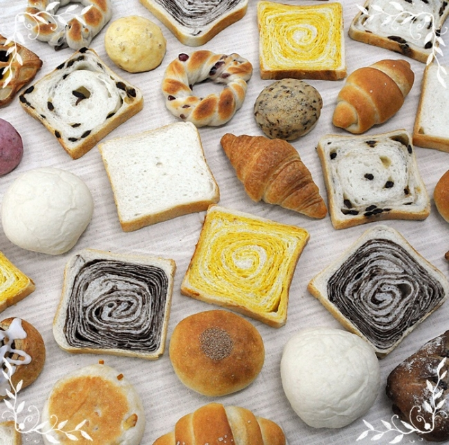 天然培養酵母パンBlooming Bakery(全日出店)