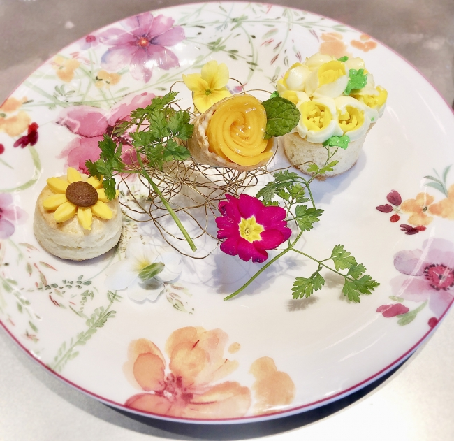 【FLOWER】お花畑のような一皿