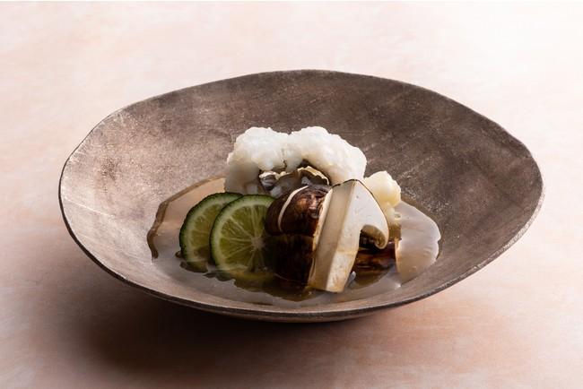 【鮨 水暉】鱧と松茸の温物