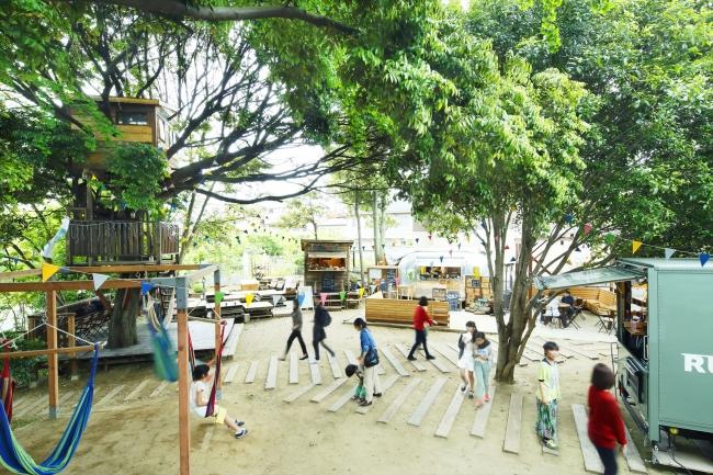 椿森コムナは木々のドーム空間