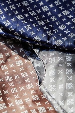 高密度で織ることで上質な風合いを実現した、再生ポリエステル糸100%のオリジナルジャカード