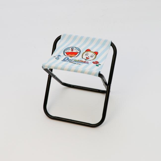 ○折りたたみチェア ¥500(税込¥550)