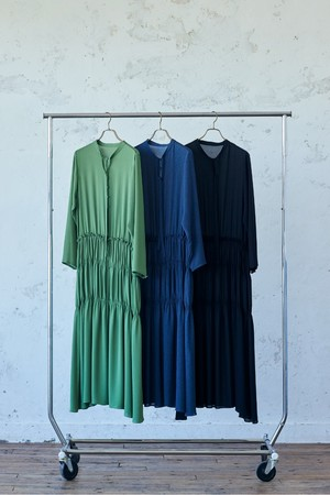 DRESS(GREEN, NAVY, BLACK):¥28,600(税込)