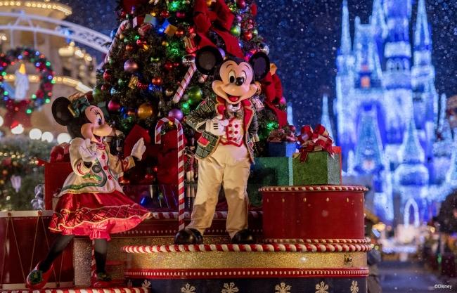 ミッキーのワンス・アポン・ア・クリスマスタイム・パレード イメージ