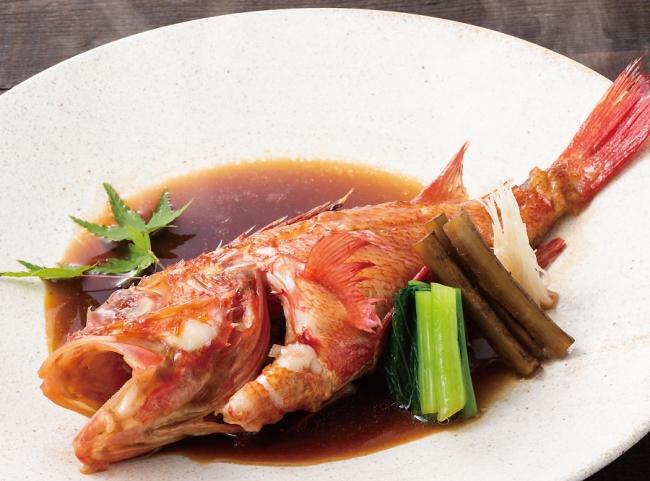高級魚「北海道直送きんき煮付け」脂のりの良い白身の甘みが上品な味わい。通常価格:1尾3,500円(イベント価格:1,750円※数量限定)