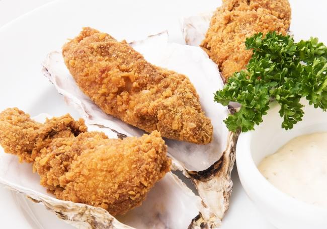 ひと味違う新感覚の牡蠣フライ「NYフライドオイスター」