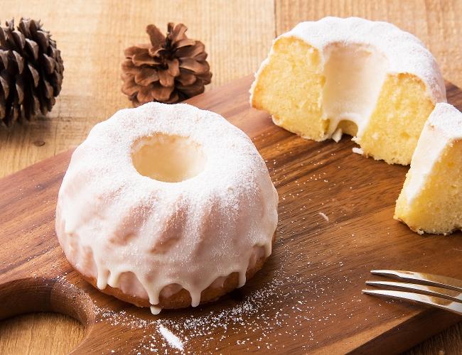 レモンの香り漂うベイクドケーキ「シトロン・ブラン」500円(税込)