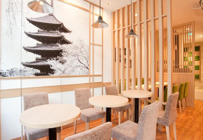 まるで京都の旅行でちょっと立ち寄ったカフェのような店内インテリア(大森店)