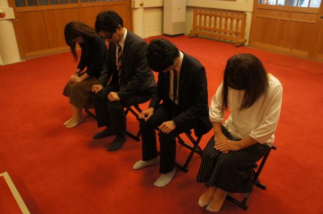 神社での祈祷の様子