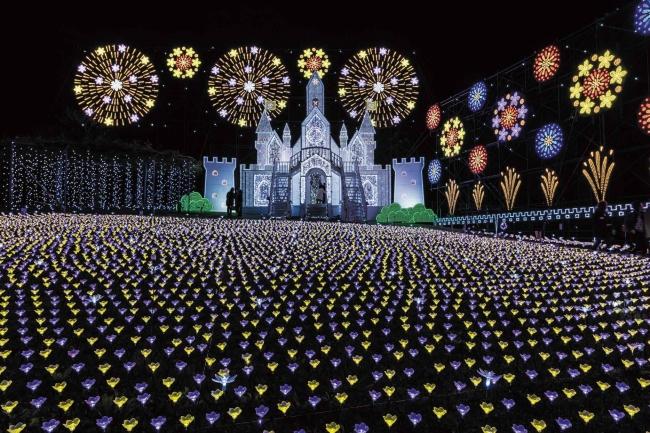イルミネーション部門第一位 あしかがフラワーパーク「光の花の庭」栃木県足利市