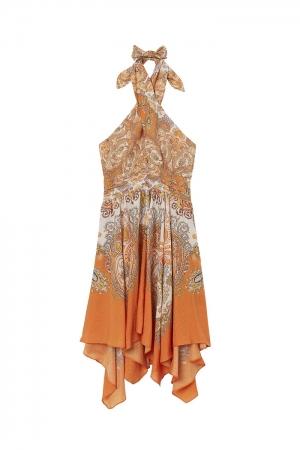 ドレス ¥3,999