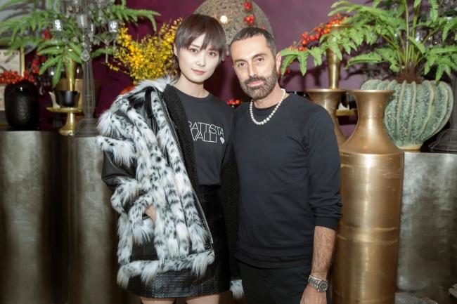 (左)クリス・リー、(右)ジャンバティスタ・ヴァリ