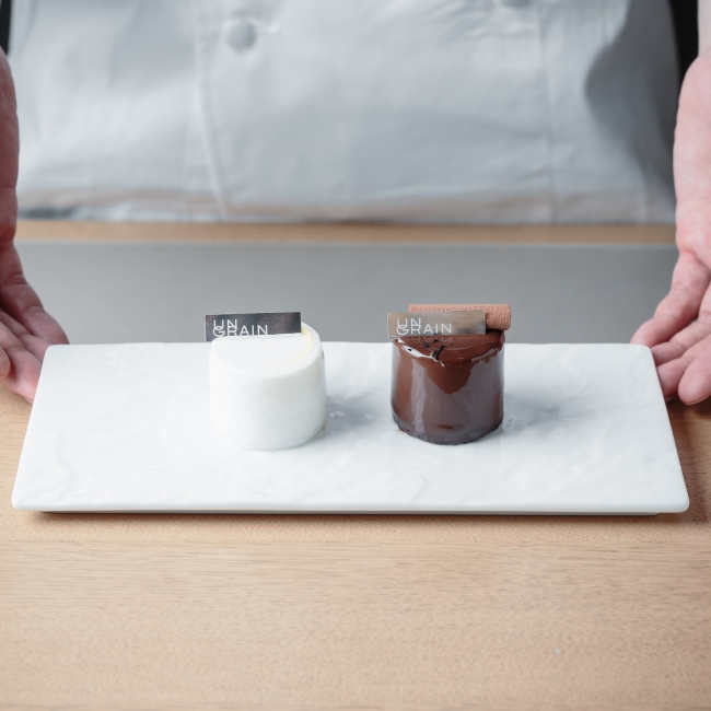 (左) Heritage (エリタージュ(右)Ptit Chocolate(ティト ショコラ)