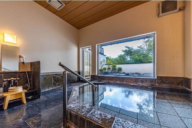 仙石原 品の木一の湯大浴場