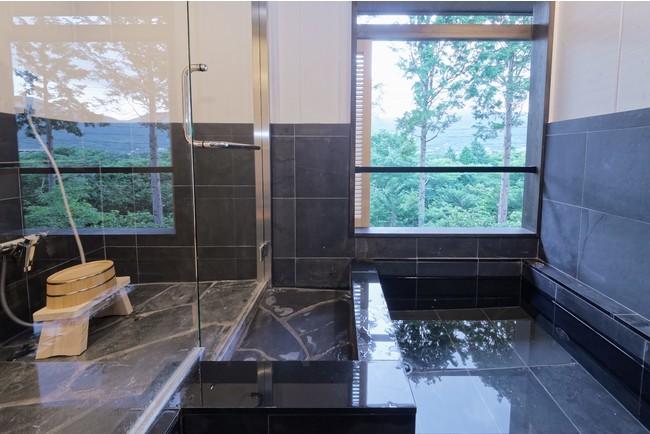 仙石原ススキの原一の湯の客室露天風呂はお子様連れでも気兼ねなく温泉を楽しめます!
