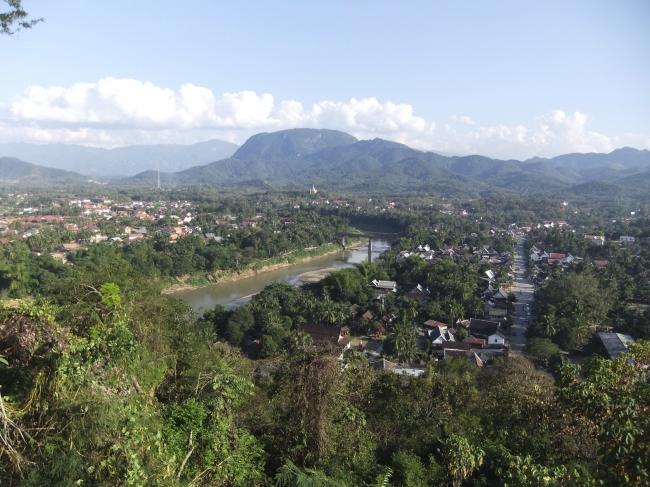 街全体が世界遺産となっている古都ルアンパバーン。
