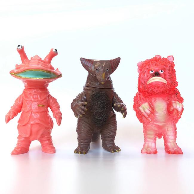 限定ソフビ人形(全3種)