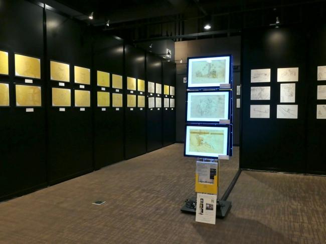 劇場版1作目の原画展示、LEDパネルによる原画の展示(写真:有楽町マルイ展 [ACT.1])