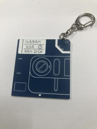 起動ディスクキーホルダー(1,500円)