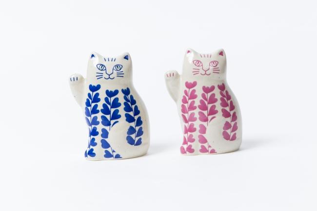 リサ・ラーソンがデザインした波佐見焼の招き猫:各¥14,000+税
