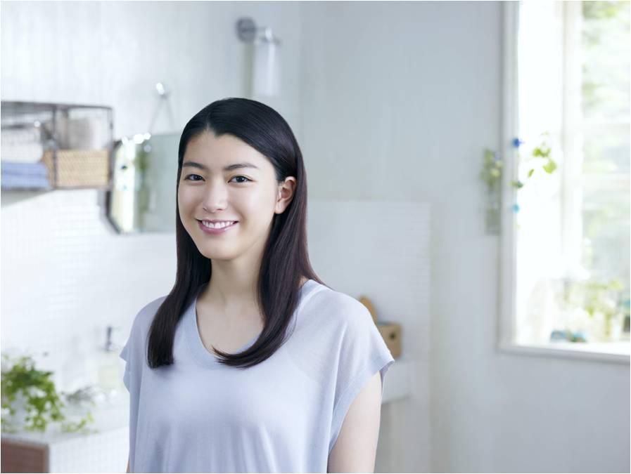 歯磨き粉のブランドキャラクターの成海璃子さん