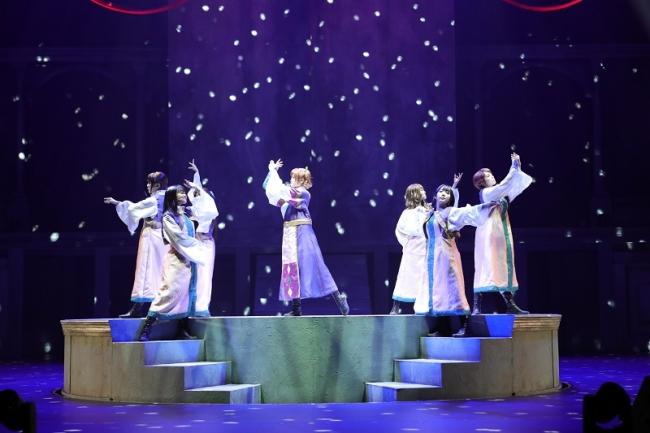 (C)Project Revue Starlight